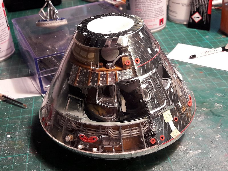 Apollo CSM [Revell 1/32] - Montage de Lunokhod 2 056