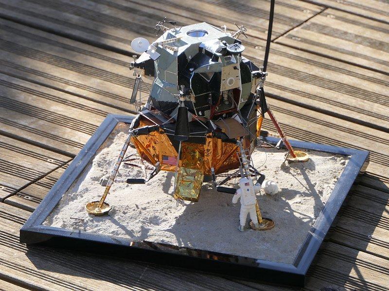 Apollo CSM [Revell 1/32] - Montage de Lunokhod 2 P04