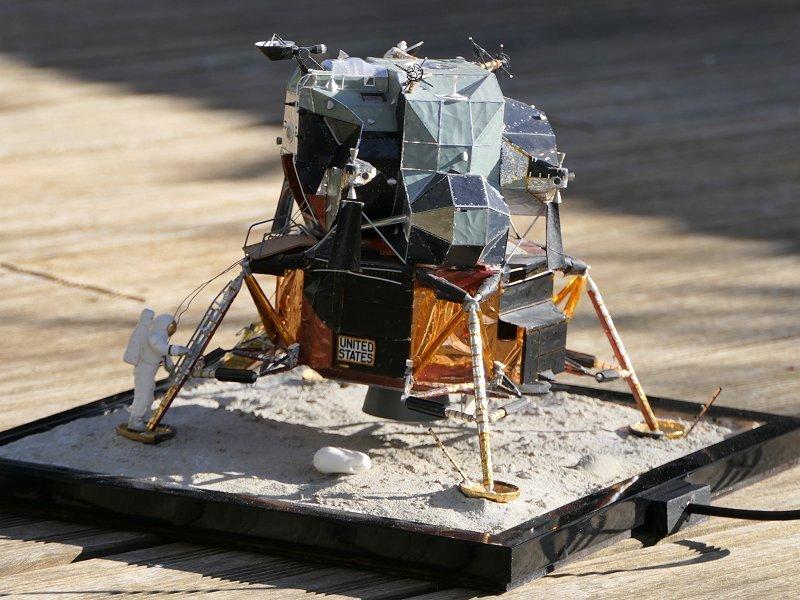 Apollo CSM [Revell 1/32] - Montage de Lunokhod 2 P05