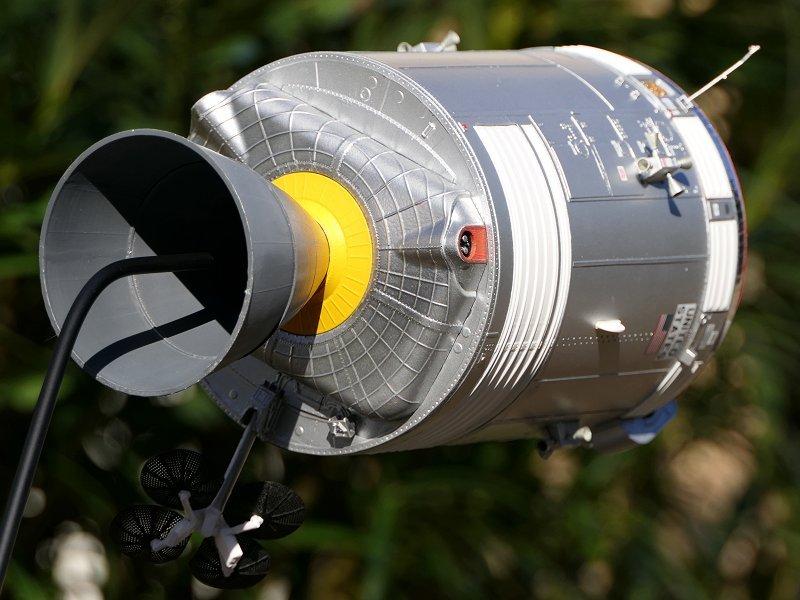 Apollo CSM [Revell 1/32] - Montage de Lunokhod 2 P08