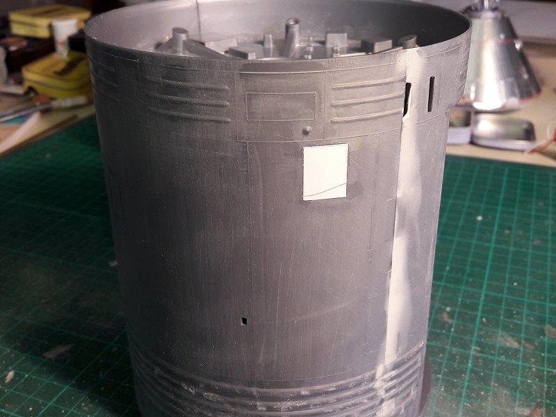 Apollo CSM [Revell 1/32] - Montage de Lunokhod 2 003
