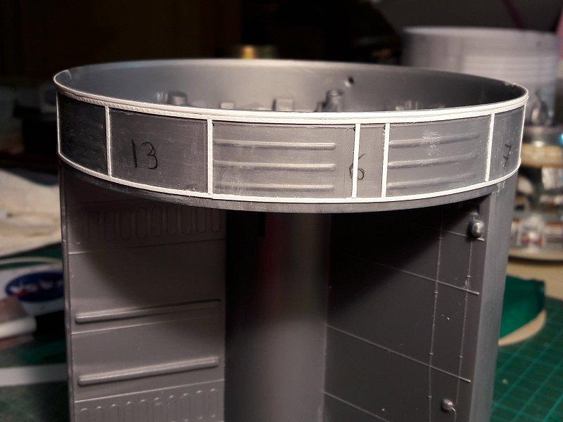 Apollo CSM [Revell 1/32] - Montage de Lunokhod 2 006