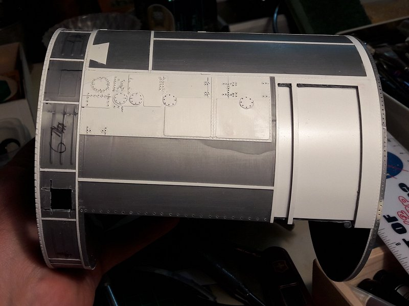 Apollo CSM [Revell 1/32] - Montage de Lunokhod 2 019