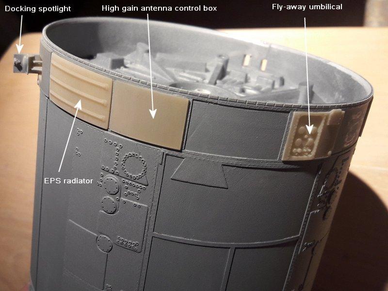 Apollo CSM [Revell 1/32] - Montage de Lunokhod 2 025