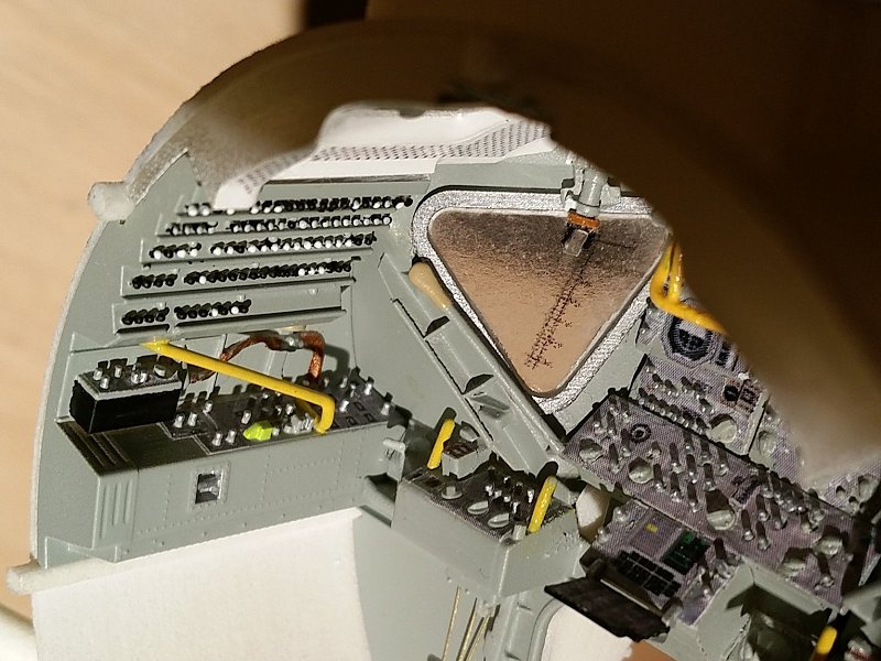 Module lunaire au 1/32 - Page 2 F12A