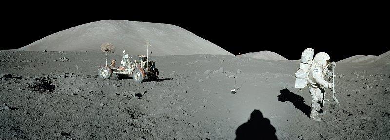 les 40 ans Apollo 17  A17-134-20420-25LR