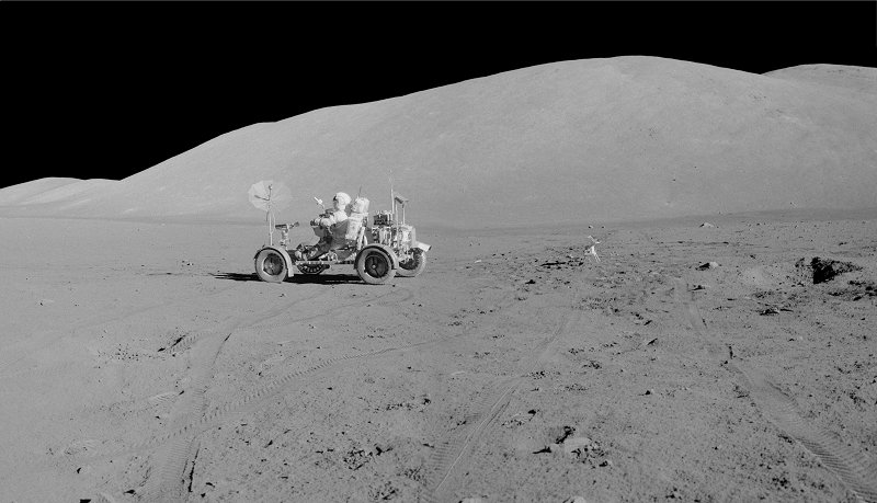 les 40 ans Apollo 17  A17-135-20547-49LR