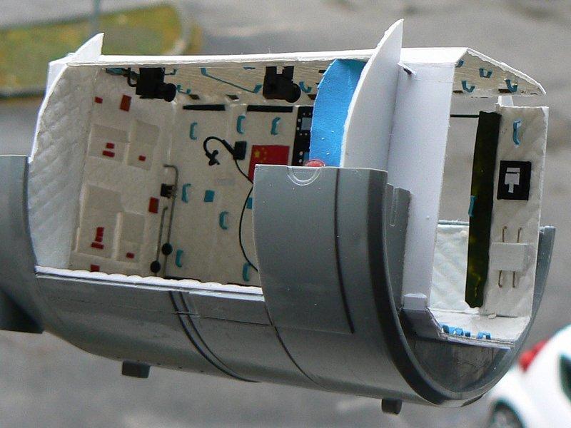 (Maquettes) Tiangong 1 - Shenzhou 9 - Page 3 P1230418