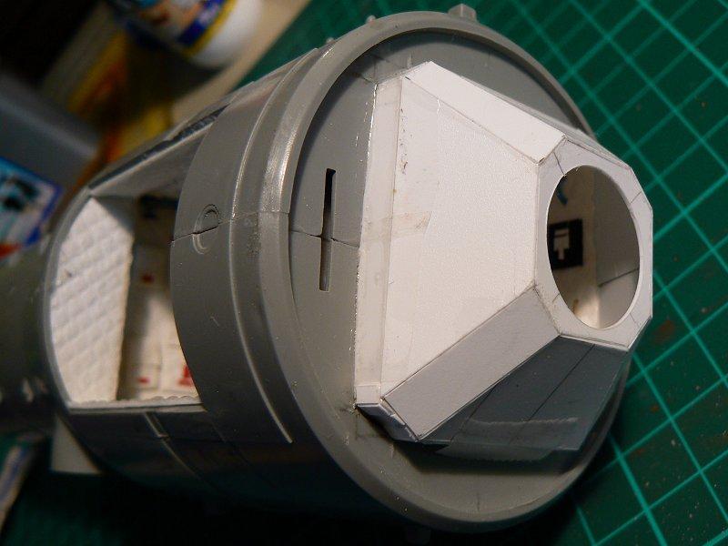 (Maquettes) Tiangong 1 - Shenzhou 9 - Page 3 P1230635