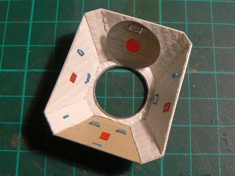(Maquettes) Tiangong 1 - Shenzhou 9 - Page 3 P1230641