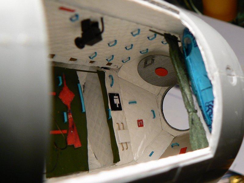 (Maquettes) Tiangong 1 - Shenzhou 9 - Page 3 P1230642