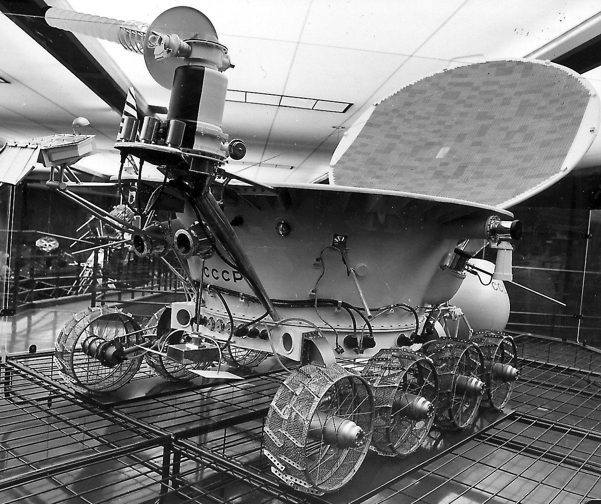 "Photographs of the Lunokhod 1 model in the ""Musée de l'Air ..."